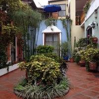 Photo prise au Hostal El Patio par Perri W. le5/11/2014