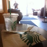 Das Foto wurde bei Starbucks von Christen 章. am 6/1/2014 aufgenommen