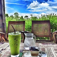 Photo taken at Kaffee Bitte at Plai-na by Nut H. on 6/29/2016