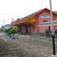 Photo taken at Stasiun Gedangan by Idrus K. on 11/17/2012