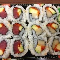 Foto tomada en U1 Sushi por Victoria M. el 11/12/2013