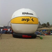 Photo taken at Huntington Beach Beach Volleyball Courts by Valentina B. on 10/19/2013