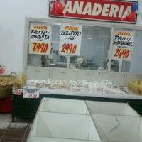 Photo taken at Maxi compras (supermercado) by Juan Bautista M. on 5/13/2013