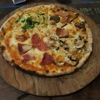 Photo taken at Warung PePe Wood Fired Pizza & Pasta by Daniel H. on 8/11/2017
