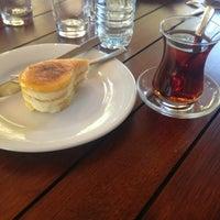 10/10/2013 tarihinde pınarziyaretçi tarafından Beymen Cafe'de çekilen fotoğraf