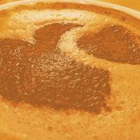 Foto scattata a Costa Coffee da Bogdan Z. il 4/24/2014