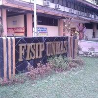 Photo taken at Fakultas Ilmu Sosial dan Politik by Inul K. on 7/2/2013