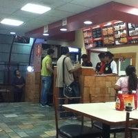 Photo taken at Pizza Hut by Viviana F. on 10/20/2012