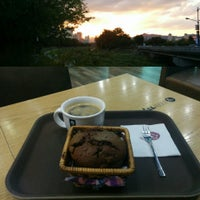 Photo taken at ALLABOUT茶 by Fernando T. on 9/23/2014
