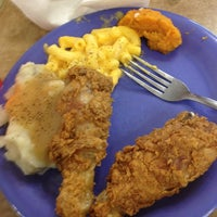 Photo taken at Golden Corral by Jayshawn S. on 6/4/2013