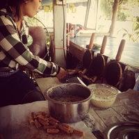 Photo taken at ร้านขนมทองม้วน by อรณิชชา on 2/3/2014