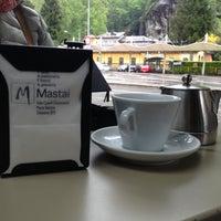 รูปภาพถ่ายที่ Il Caffe Mastai vicino alla Stazione โดย Diego G. เมื่อ 4/21/2014
