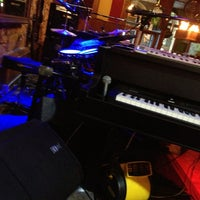 Photo taken at Pete's Dueling Piano Bar by Courtney G. on 4/9/2013