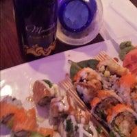 9/7/2014 tarihinde Christine M.ziyaretçi tarafından Sushiko Japanese Restaurant'de çekilen fotoğraf