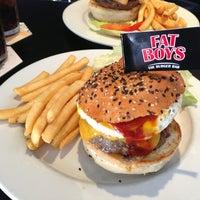 Das Foto wurde bei Fat Boy's The Burger Bar von Christopher L. am 2/1/2013 aufgenommen
