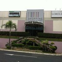 Foto tirada no(a) Shopping do Calçado de Franca por Antonio C. em 9/21/2012