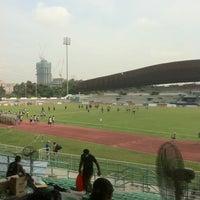Photo taken at Kelana Jaya Stadium by Delwin L. on 11/9/2013