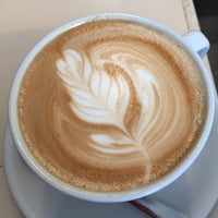 Photo prise au Wrecking Ball Coffee Roasters par Mo S. le3/13/2015