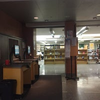 Photo taken at Brooklyn Public Library by Pia F. on 3/25/2016