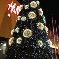 Снимок сделан в МЕГА Екатеринбург пользователем Александр М. 12/26/2012