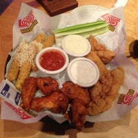 Photo taken at Logan's Roadhouse by Philip G. on 7/9/2013