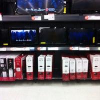 Das Foto wurde bei Walmart von Ashley M. am 12/23/2012 aufgenommen