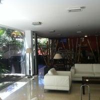 Foto tomada en Hotel Colon Rambla Tenerife por J💎 el 7/22/2013