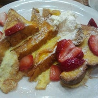 Photo taken at Walker Bros The Original Pancake House by Carrie S. on 8/18/2013