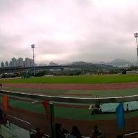 Photo taken at Tsing Yi Sports Centre 青衣體育館 by Darryl C. on 2/28/2014