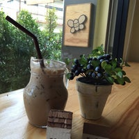 Photo taken at b-made coffee&bakery by Am-Mint J. on 4/25/2015