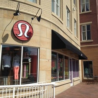 Photo taken at lululemon athletica by David H. on 3/23/2013