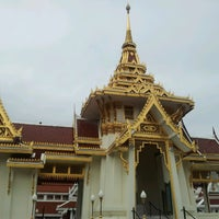 Photo taken at Wat Debsirin by น้าแป๊ะ ส. on 6/15/2013