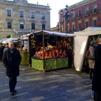 Photo taken at Plaza Mayor by Qq R. on 12/9/2012