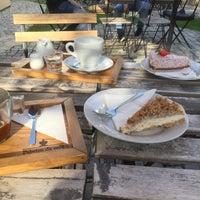 Photo taken at Fabrica de Café by Darina K. on 9/5/2017