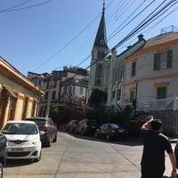 Foto tomada en Iglesia Luterana de La Santa Cruz en Valparaíso por Andresa M. el 3/18/2017