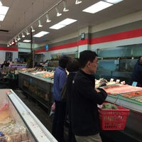 Photo taken at Richmond New May Wah Supermarket 新美華超級市場 by Shawn P. on 12/14/2014