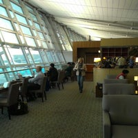 Photo taken at Asiana Lounge Business Class by Ray G. on 10/31/2012