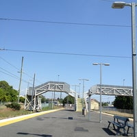 Photo taken at Wynnum Railway Station by Darren B. on 1/11/2013