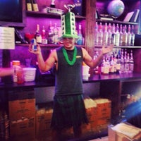 Photo taken at Knight Library Sports Bar & Grill by Nando A. on 3/18/2013