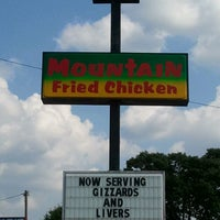 Photo taken at Mountain Fried Chicken by Wendy W. on 5/21/2013