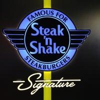 12/3/2012にTarik S.がSteak 'n Shakeで撮った写真