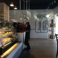 Photo taken at Stan & Brew Roast Coffee by Janice K. on 11/26/2013
