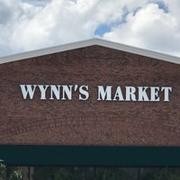 Photo taken at Wynn's Market by Ian T. on 10/18/2017