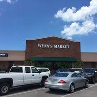 Photo taken at Wynn's Market by Ian T. on 5/16/2017
