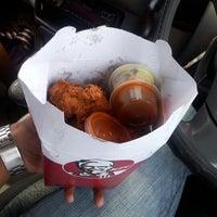 Photo taken at KFC Cascavelle by Oobeidi on 12/7/2012
