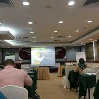 Photo taken at Hotel Putra KL by Ikhwanzz on 9/26/2016