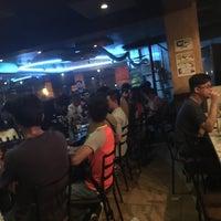 Foto tomada en Acustica Bistro & Lounge por Ron Yvander Lennox T. el 7/29/2016