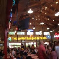 Das Foto wurde bei Rudy's Country Store & Bar-B-Q von Jenny W. am 10/6/2012 aufgenommen