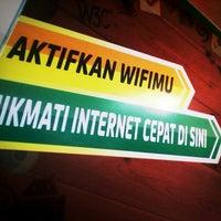 Photo taken at Indosat (Gallery Purwokerto) by bhonyi3t on 11/16/2013