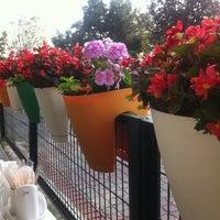 11/18/2012 tarihinde tugbatanriverdiziyaretçi tarafından Vanilly Cafe'de çekilen fotoğraf